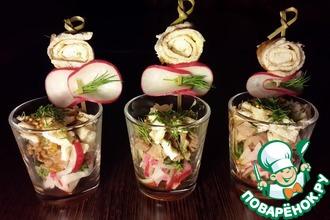 Рецепт: Салат со свининой в шотах