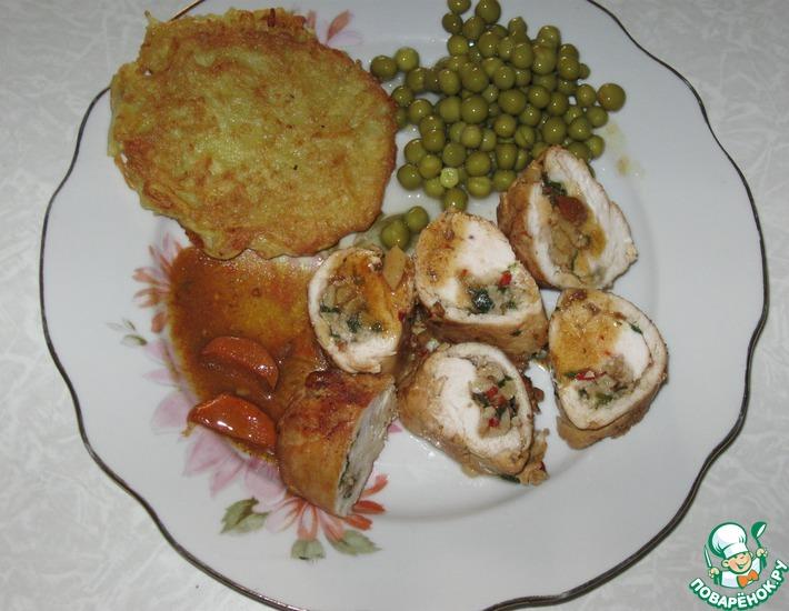 Рецепт: Куриный рулет с кешью с зеленью