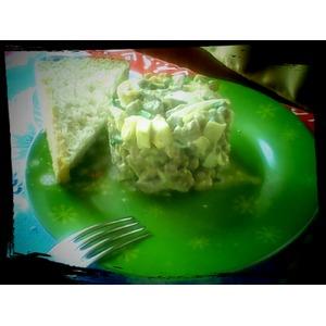 Вкусный печеночный салатик