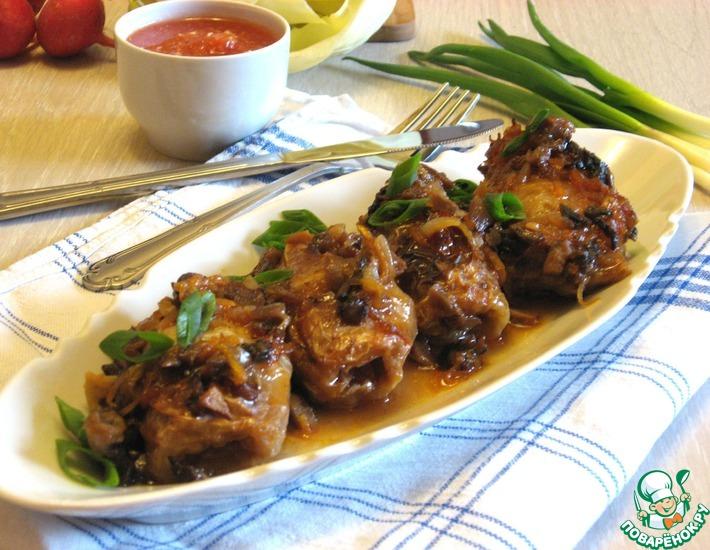 Рецепт: Голубцы духовые с томатно-грибным соусом