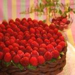 Маковый торт с муссом из малины