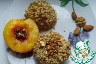 Рецепт: Печёные нектарины в ореховой панировке