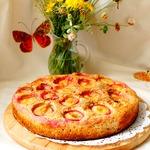 Цельнозерновой пирог со сливами