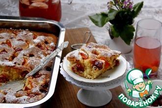 Рецепт: Пушистый пирог с абрикосами и крыжовником