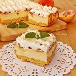 Творожной пирог с персиками