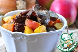 Рецепт: Куриная печень с тыквой и яблоками
