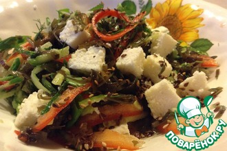 Рецепт: Салат с морской капустой Белое море