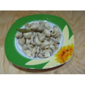 Скорые маринованные шампиньоны с обжаренным картофелем