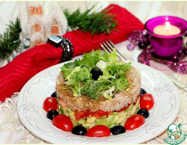 Рецепт: Слоеный салат Гости в домофоне
