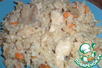 Рецепт: Бурый рис с куриным филе и шампиньонами