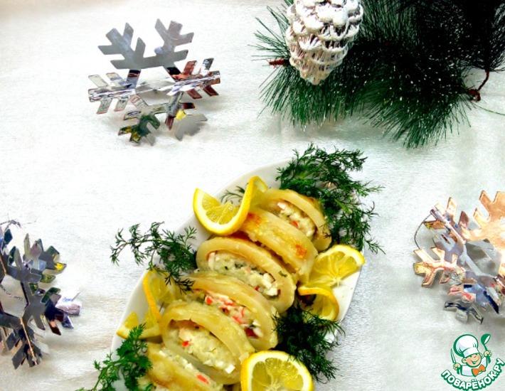 Рецепт: Кальмары, фаршированные крабовым мясом и сыром