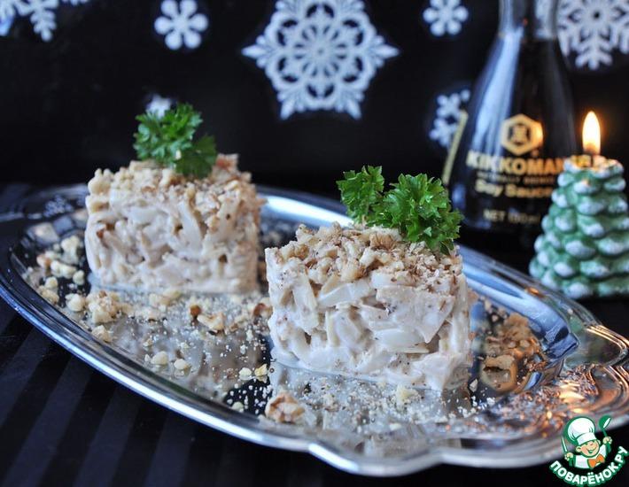 Рецепт: Салат из кальмаров с японской заправкой