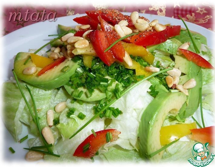 Рецепт: Зеленый салат с болгарским перцем