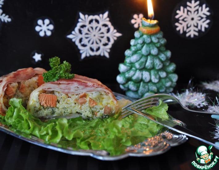 Рецепт: Рис с лососем, запеченные в беконе
