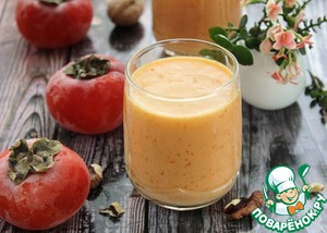 Milkshake with persimmon