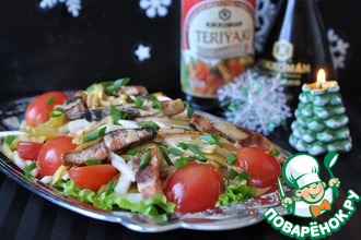 Рецепт: Салат с лососем Терияки и васаби-майонезом