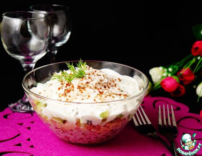 Рецепт: Салат с рисом, киноа и печенью трески