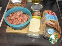 Салат с куриным филе, сухариками и ананасами ингредиенты