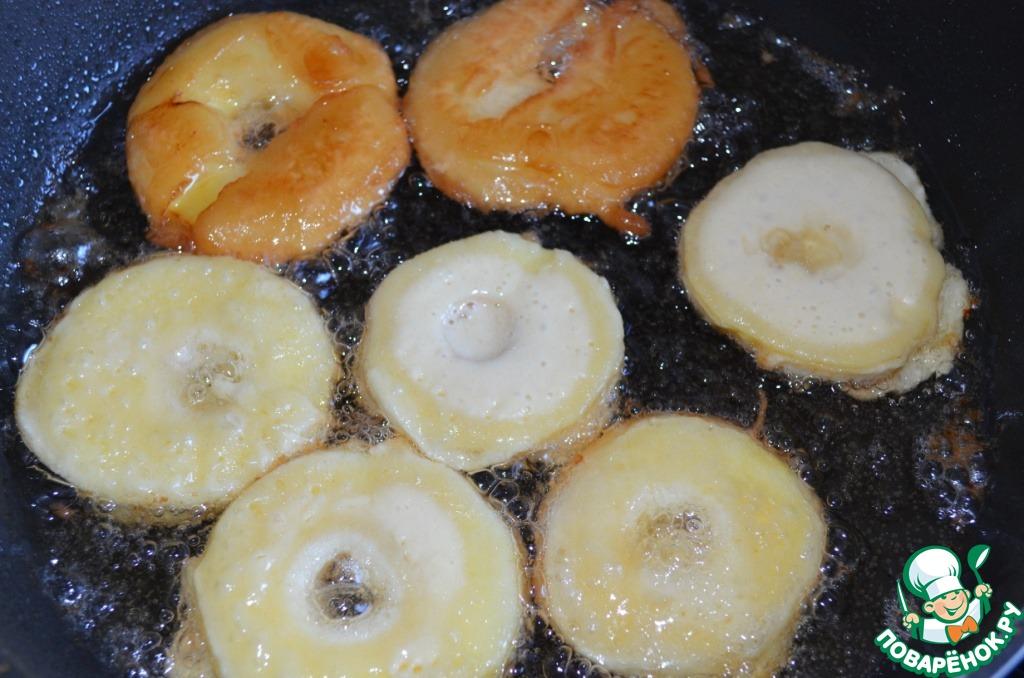 Яблоки в пивном кляре