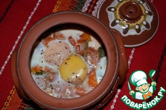 Рецепт: Запечённые яйца в горшочках
