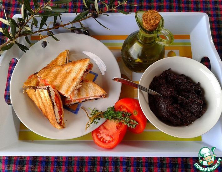 Рецепт: Оливковая паста с каперсами и вялеными томатами