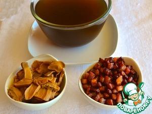 Вишнево-халвичный соус к блинам – кулинарный рецепт