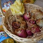Закусочные розы из блинов со шпинатом