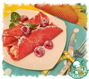 Decorate with a few berries of raspberry, mint and sprinkle with powdered sugar. From this quantity of ingredients makes 8 small pancakes - 4 servings.