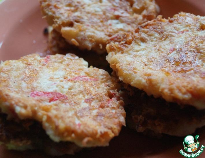 Рецепт: Оладьи из крабовых палочек и сыра