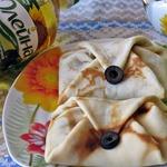 Блинчики с тунцом и маслинами