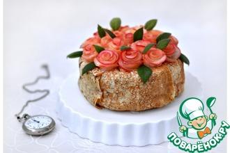 Рецепт: Блинный торт с карамельным муссом и фруктами