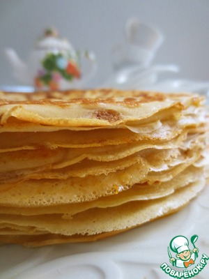 The pan good heat, pour one ladle, turning the pan to distribute the batter evenly. Sauté for 1-2 minutes on one side then with a spatula turn the pancake and fry on the other side.  Brush to grease the surface of each pancake with melted butter and lay the pancakes in a stack