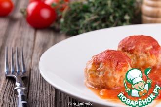 Рецепт: Ежики в томатно-яблочном соусе