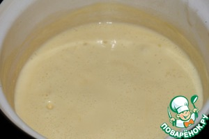 Gradually, constantly stirring, add the cheese. Bring to a boil.