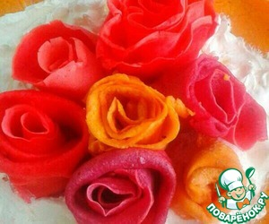 Bouquet of multicolored roses pancake is ready!