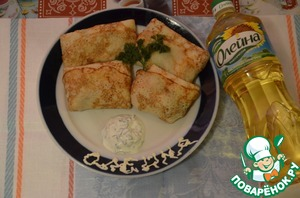 Gently roll the envelope. You can additionally fry in sunflower oil on both sides. These pancakes are especially good with sour cream finely chopped dill.