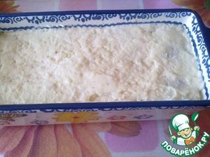 Полейте креспелле соусом бешамель, по желанию поверхность можно посыпать тертым сыром. Поставьте форму в разогретую до 180*С духовку на 20 минут.