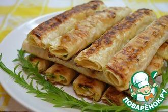 Рецепт: Жареные трубочки из лаваша с сырной начинкой