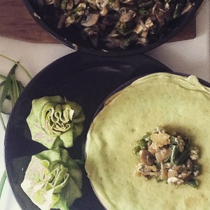 Stuffed with pancakes.  Spread 1 tbsp filling in the middle of the pancake. Form a pouch and tie with spring onion.  Ready!