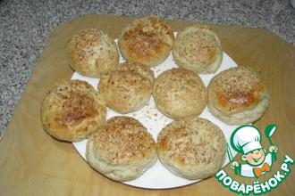 Рецепт: Вкусные булочки с колбасным сыром