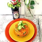 Пряный морковный салат с огурцом