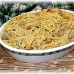 Спагетти по-флотски с кедровыми орешками