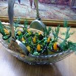 Рулетики из баклажанов с зеленью