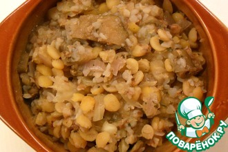 Рецепт: Каша из гречки, гороха, грибов и капусты