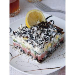 Салат с диким рисом и рыбой