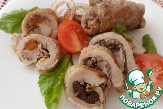 Рецепт: Рулетики с курагой и грецкими орехами