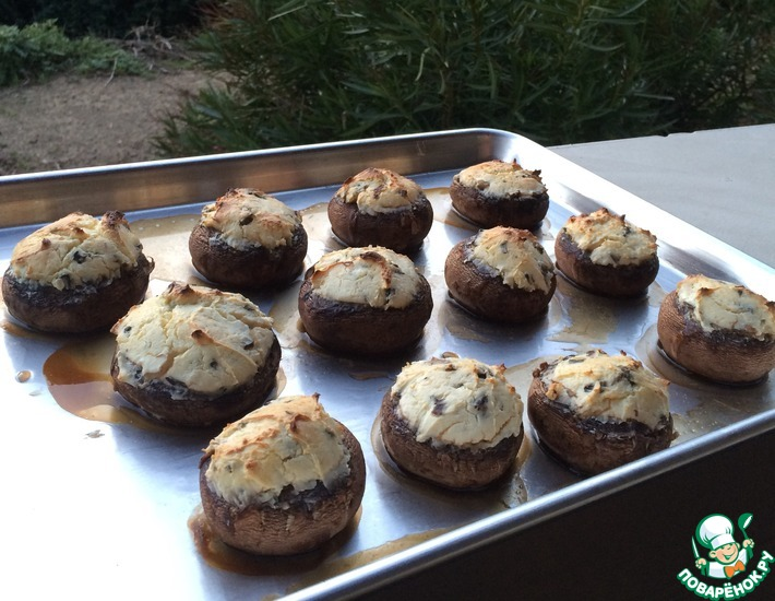 Рецепт: Фаршированные грибы за полчаса