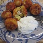 Картофельные пончики с сюрпризом