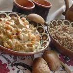 Говядина в сливочном соусе с курагой