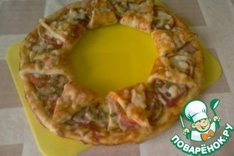 Рецепт: Пицца Корона с кабачками и луковые кольца в кляре